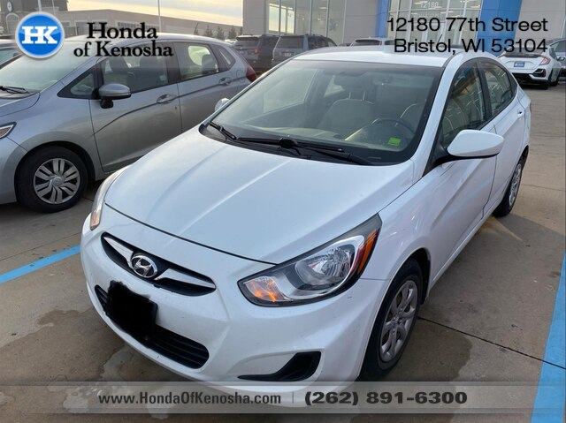 2013 Hyundai Accent Sedan >> Pre Owned 2013 Hyundai Accent Gls Fwd Sedan